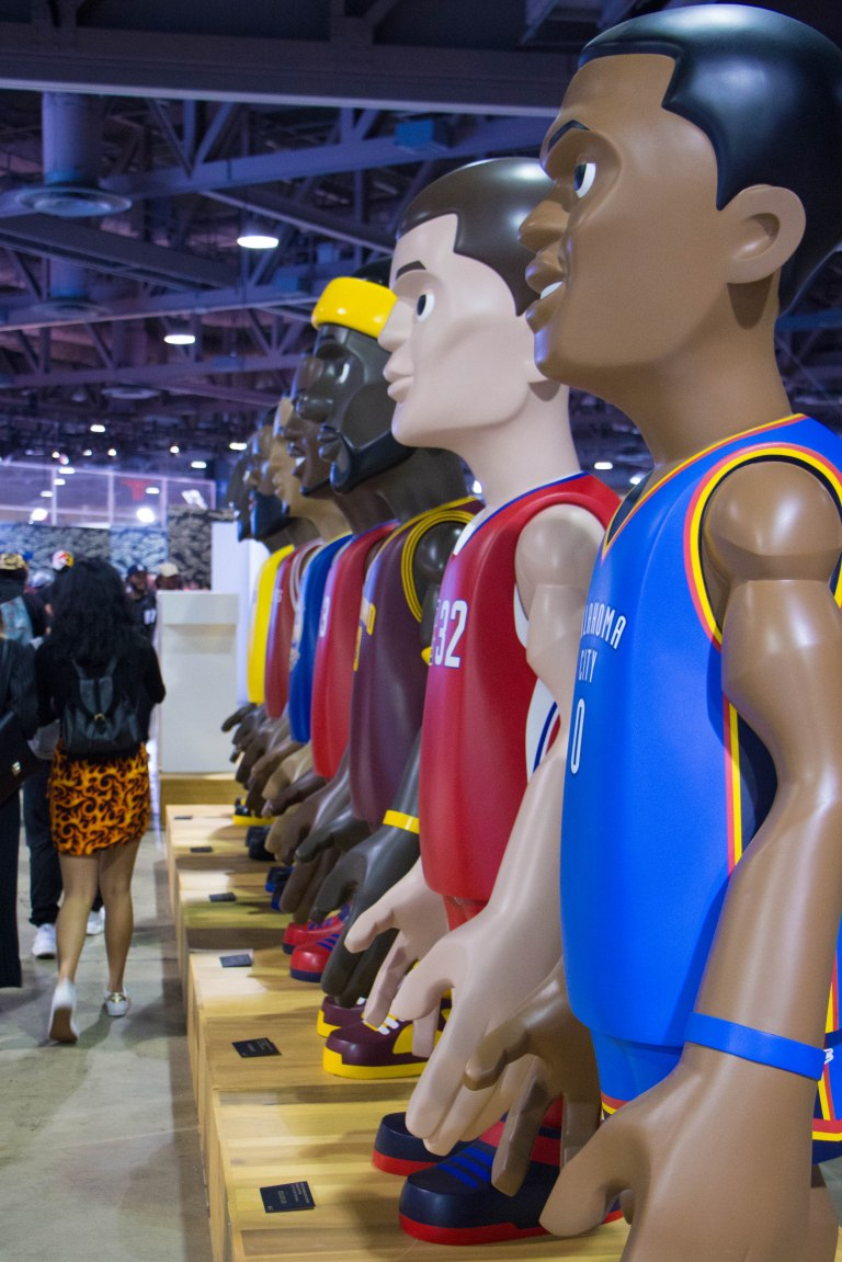 img_complexcon2016_bait_nba_huge_figures_01
